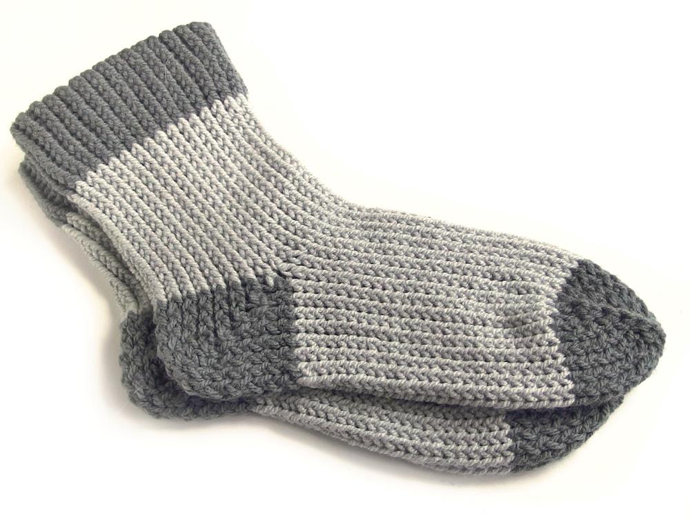 Návod na pletení ponožek na oválném strojku
